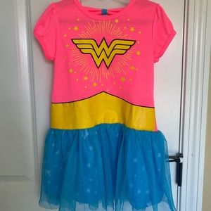 Girls Wonder Woman Dress Costume Outfit size 6